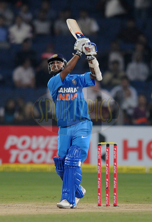 Ambati Rayudu of India bats during the first Airtel T20 Match between India and England held at Subrata Roy Sahara stadium in Pune on the  20th December 2012..Photo by  Pal Pillai/BCCI/SPORTZPICS .