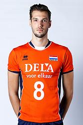 20150506 NED: Selectie Nederlands volleybal team mannen, Arnhem<br />Op Papendal werd het Nederlands team volleybal seizoen 2015-2016 gepresenteerd / Bas van Bemmelen<br />©2015-FotoHoogendoorn.nl / Pim Waslander