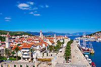 Croatie, Dalmatie, côte dalmate, centre historique de Trogir classé Patrimoine Mondial de l' UNESCO // Croatia, Dalmatia, Trogir, Unesco world Heritage site