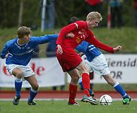 Fotball. Andredivisjon menn 29.04.2002.<br />FK Tønsberg v Molde 2. 1-1.<br />Espen Ness Lund, FK Tønsberg.<br />Foto: Morten Olsen, Digitalsport