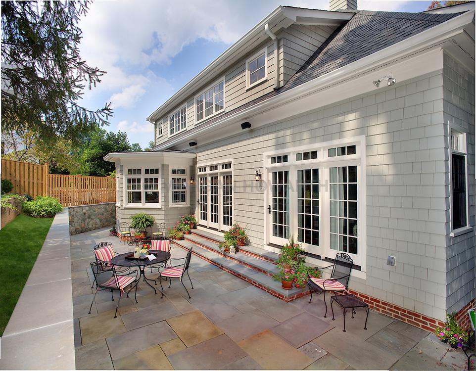 3618 N. Abingdon St Arlington, VA architect Bruce Wentworth Wentworth Studios House rear exterior Deck patio Verandah Porch