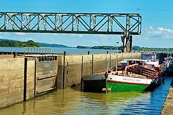 A barragem eclusada Amarópolis, foi construída no Rio Jacuí e tornou possível a navegação até Cachoeira do Sul. A obra teve início no ano de 1971 e foi concluída em dezembro de 1974. Encontra-se localizada a 74Km de Porto Alegre e propicia um estirão navegável de aproximadamente 300Km ao longo do Rio Jacuí. FOTO: Jefferson Bernardes/Preview.com