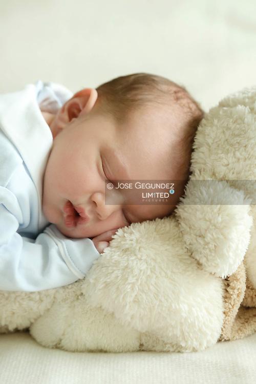 Photos_ Couple heritier _ Prince Charles - Maternite Grande-Duchesse Charlotte