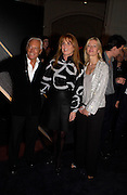 Giorgio Armani, Lady Helen Taylor and the Duchess of york, Sarah Ferguson, Giorgio Armani, ' A retrospective' sponsored by Mercedes, Royal Academy, 14 October 2003. © Copyright Photograph by Dafydd Jones 66 Stockwell Park Rd. London SW9 0DA Tel 020 7733 0108 www.dafjones.com