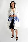 Reform Judaism - female Rabbi wears a Tallis
