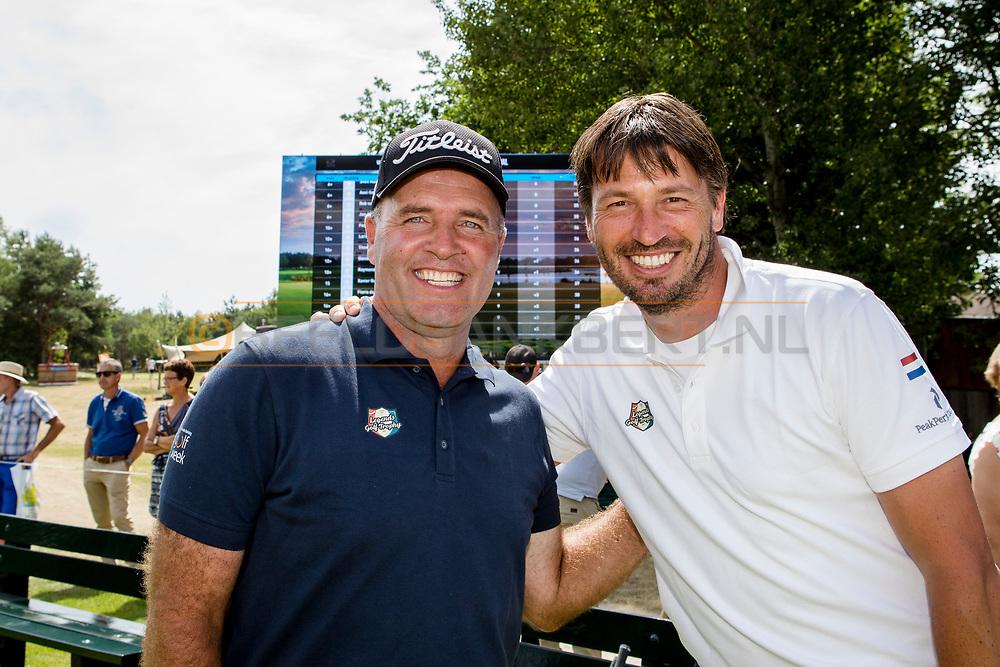 09-07-2017 Legends tijdens de slotdag van de ING Private Banking Golf Week 2017: Thomas Levet en Robert-Jan Derksen.