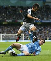 Fotball<br /> Premier League England<br /> 2004/2005<br /> 16.10.2004<br /> Foto: SBI/Digitalsport<br /> NORWAY ONLY<br /> <br /> Manchester City v Chelsea<br /> <br /> City's Jon Macken and Chelsea's Ricardo Carvallo