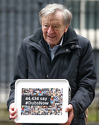 © Licensed to London News Pictures. 11/02/2017. London, UK. LORD DUBS arrives at 10 Downing Street in London to hand in a petition petition calling on the PM to reconsider lone child refugee policy.. Photo credit: Tolga Akmen/LNP