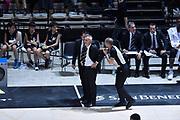 DESCRIZIONE : Bologna Lega A 2015-16 Obiettivo Lavoro Virtus Bologna - Umana Reyer Venezia<br /> GIOCATORE : Arbitro Referee Giorgio Valli<br /> CATEGORIA : Arbitro Referee Delusione Fair Play<br /> SQUADRA : Obiettivo Lavoro Virtus Bologna<br /> EVENTO : Campionato Lega A 2015-2016<br /> GARA : Obiettivo Lavoro Virtus Bologna - Umana Reyer Venezia<br /> DATA : 04/10/2015<br /> SPORT : Pallacanestro<br /> AUTORE : Agenzia Ciamillo-Castoria/GiulioCiamillo<br /> <br /> Galleria : Lega Basket A 2015-2016 <br /> Fotonotizia: Bologna Lega A 2015-16 Obiettivo Lavoro Virtus Bologna - Umana Reyer Venezia