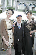 Jade Parfitt, Stephen Jones and Erin O'Connor, Stephen Jones Summer Hat party to celebrate 25 years of Milllinery. Debenham House, 8 Addison Rd. Holland Park, London. 13 July 2006.  ONE TIME USE ONLY - DO NOT ARCHIVE  © Copyright Photograph by Dafydd Jones 66 Stockwell Park Rd. London SW9 0DA Tel 020 7733 0108 www.dafjones.com