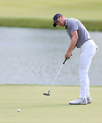 June 21, 2018 - Cromwell, Connecticut, United States - CROMWELL, CT-JUNE 21: Jordan Spieth putts the 17th green during the first round of the Travelers Championship on June 21, 2018 at TPC River Highlands in Cromwell, Connecticut. (Credit Image: © Debby Wong via ZUMA Wire)