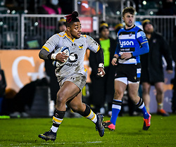 Paolo Odogwu of Wasps carries - Mandatory by-line: Andy Watts/JMP - 08/01/2021 - RUGBY - Recreation Ground - Bath, England - Bath Rugby v Wasps - Gallagher Premiership Rugby