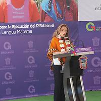 Acambay, México.- Elizabeth Vilchis, Secretaria de Desarrollo Social durante la firma del acuerdo de coordinación para la ejecución del Programa PIBAI, en el GEM y la Comisión Nacional para el Desarrollo de los Pueblos Indígenas.  Agencia MVT / José Hernández