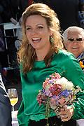 Koninginnedag 2012 in de Utrechtse gemeente Rhenen.// Queensday 2012 in the city of Rhenen.<br /> <br /> Op de foto:  Prinses Annette