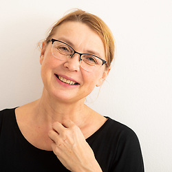 20200226: SLO, People - Darja Reichman in Studio Juturna