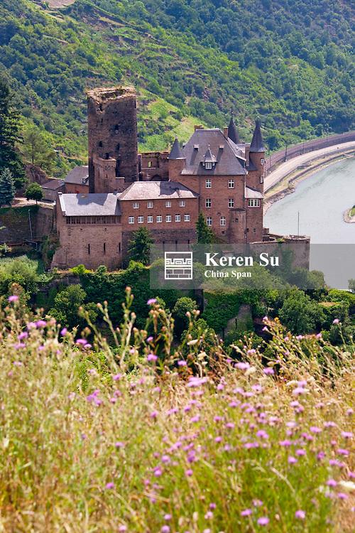 Katz Castle above river Rhine, Upper Middle Rhine Valley (UNESCO World Heritage site), St. Goars-Hausen, Germany