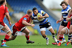 Kyle Eastmond of Bath Rugby is tackled by Koree Britton of London Welsh - Photo mandatory by-line: Patrick Khachfe/JMP - Mobile: 07966 386802 29/03/2015 - SPORT - RUGBY UNION - Oxford - Kassam Stadium - London Welsh v Bath Rugby - Aviva Premiership