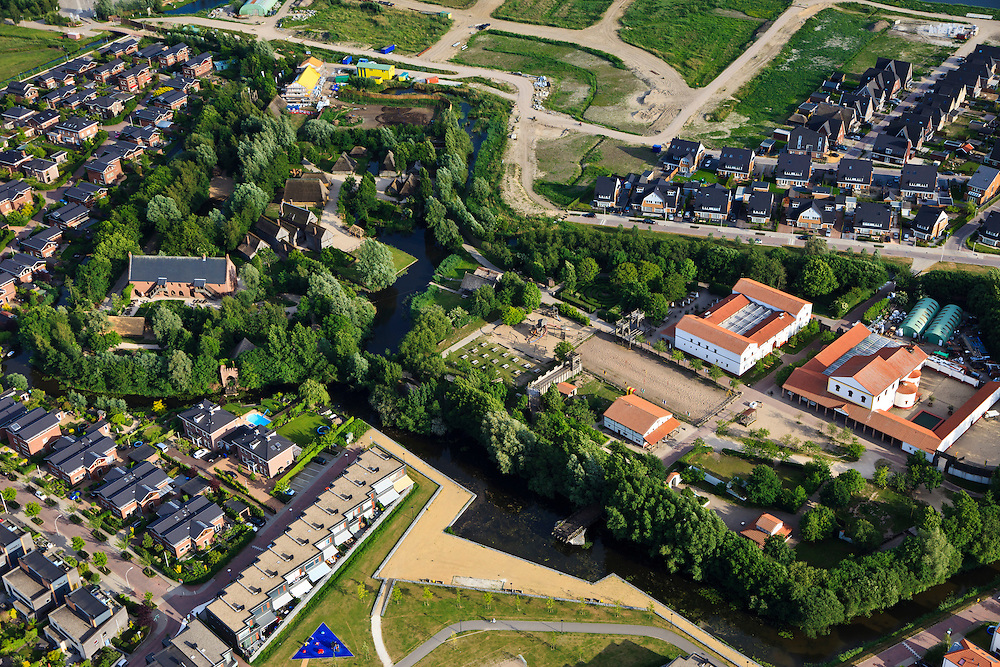 Nederland, Zuid-Holland, Alphen aan den Rijn, 23-05-2011; Historisch themapark Archeon,  is ingekrompen, nieuwbouw op terrein. .Historical theme park with reconstructed historical buildings. .luchtfoto (toeslag), aerial photo (additional fee required).copyright foto/photo Siebe Swart