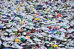 MECCA, Sept. 26, 2015 (Xinhua) -- Muslim pilgrims are seen in Mina outside Mecca, Saudi Arabia, Sept. 26, 2015. The death toll in Thursday's stampede in Mina, neighboring the holy city Mecca, has risen to 769, Saudi Health Minister Khalid al-Falih said on Saturday. The accident took place amid a rush of the stoning as part of Hajj rituals. Muslim pilgrims throw stones on a wall representing devil. .(Xinhua) (Credit Image: © Xinhua/Xinhua via ZUMA Wire)