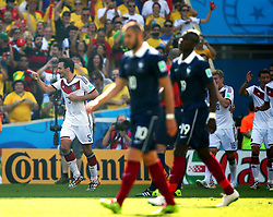 04.07.2014, Maracana, Rio de Janeiro, BRA, FIFA WM, Frankreich vs Deutschland, Viertelfinale, im Bild Mats Hummels, left, celebrates his goal with Mueller and Hoewedes, for Germany against France // during quarterfinals between France and Germany of the FIFA Worldcup Brazil 2014 at the Maracana in Rio de Janeiro, Brazil on 2014/07/04. EXPA Pictures © 2014, PhotoCredit: EXPA/ Eibner-Pressefoto/ Cezaro<br /> <br /> *****ATTENTION - OUT of GER*****