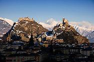 PLAINE DU RHONE SION CHATEAUX NEIGE VALERE TOURBILLON, TOURISME, VALAIS.<br /> 2009 <br /> Photo corrigée<br /> Commande pour tourisme Photo-genic<br /> <br /> (PHOTO-GENIC.CH/ OLIVIER MAIRE)