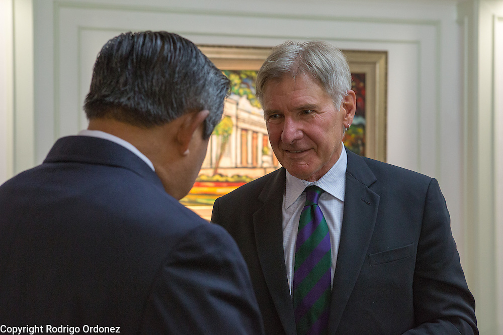 Actor and environmental activist Harrison Ford (right) talks to the President of Indonesia, Susilo Bambang Yudhoyono, after an interview at the Presidential Palace in Central Jakarta, Indonesia. <br /> Harrison Ford visited Indonesia to learn more about deforestation, as one of the correspondents for Showtime's new documentary series about climate change Years of Living Dangerously.