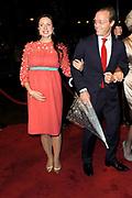 Koninkrijksconcert 2013 in het Circustheater in Scheveningen / Kingdom Concert 2013 at the Circus Theatre in Scheveningen<br /> <br /> Op de foto / On the photo:  Prins Jaime de Bourbon de Parme en zijn vrouw Prinses Viktoria (zwanger)<br /> <br /> Prince Jaime de Bourbon-Parma and his wife Princess Viktoria (pregnant)