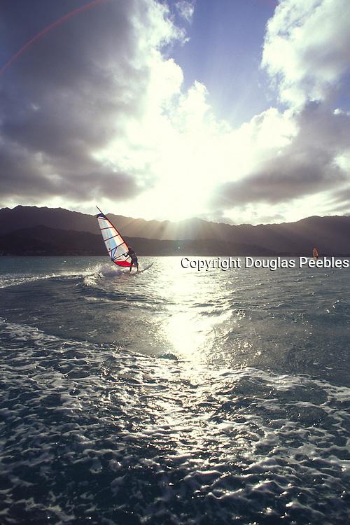 Windsurfing, Kaneohe Bay, Oahu, Hawaii<br />