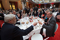 "25 MAY 2012, BERLIN/GERMANY:<br /> Gala Dinner am Tisch von Philip Murphy (R), Botschafter der U.S.A. in Deutschland, Global Business Dialogue ""Beyond Uncertain Times: A Growth Agenda"", axica Konferenzzentrum<br /> IMAGE: 20120525-02-110"