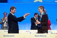 17 JAN 2009, BERLIN/GERMANY:<br /> Guido Westerwelle (L), FDP Bundesvorsitzender, und Dr. Silvana Koch-Mehrin (R), MdEP, Vorsitzende der FDP im Europaparlament, nach der Rede von Westerwelle, Europaparteitag der FDP, Estrel Convention Center<br /> IMAGE: 20090117-01-069<br /> KEYWORDS: party congress, Jubel, Applaus, applaudieren, klatscht, klatschen