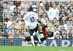 18.09.2011, White Hart Lane, London, ENG, PL, Tottenham Hotspur FC vs Liverpool FC, im Bild Liverpool's goalkeeper Jose Reina cannot prevent Tottenham Hotspur's Emmanuel Adebayor scoring  the third goal during the Premiership match at White Hart Lane. EXPA Pictures © 2011, PhotoCredit: EXPA/ Propaganda Photo/ David Rawcliff +++++ ATTENTION - OUT OF ENGLAND/GBR+++++