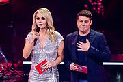 Tweede liveshow van het tiende seizoenThe voice of Holland .<br /> <br /> Op de foto: Martijn Krabbe en Chantal Janzen