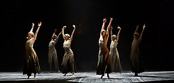 English National Ballet <br /> Triple Bill<br /> at Sadler's Wells, London, Great Britain <br /> rehearsal <br /> 7th September 2015 <br /> <br /> Dust<br /> by Akram Khan <br /> <br /> <br /> Photograph by Elliott Franks <br /> Image licensed to Elliott Franks Photography Services