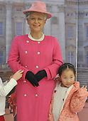 Wax Replicas Of Queen Elizabeth II, look nothing alike the British Queen