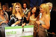De grote finale van Holland's Next Top Model seizoen 4 tijdens een grote liveshow in de Lichtfabriek in Haarlem  Ananda Lândertine is de winnares van Holland's Next Top Model.