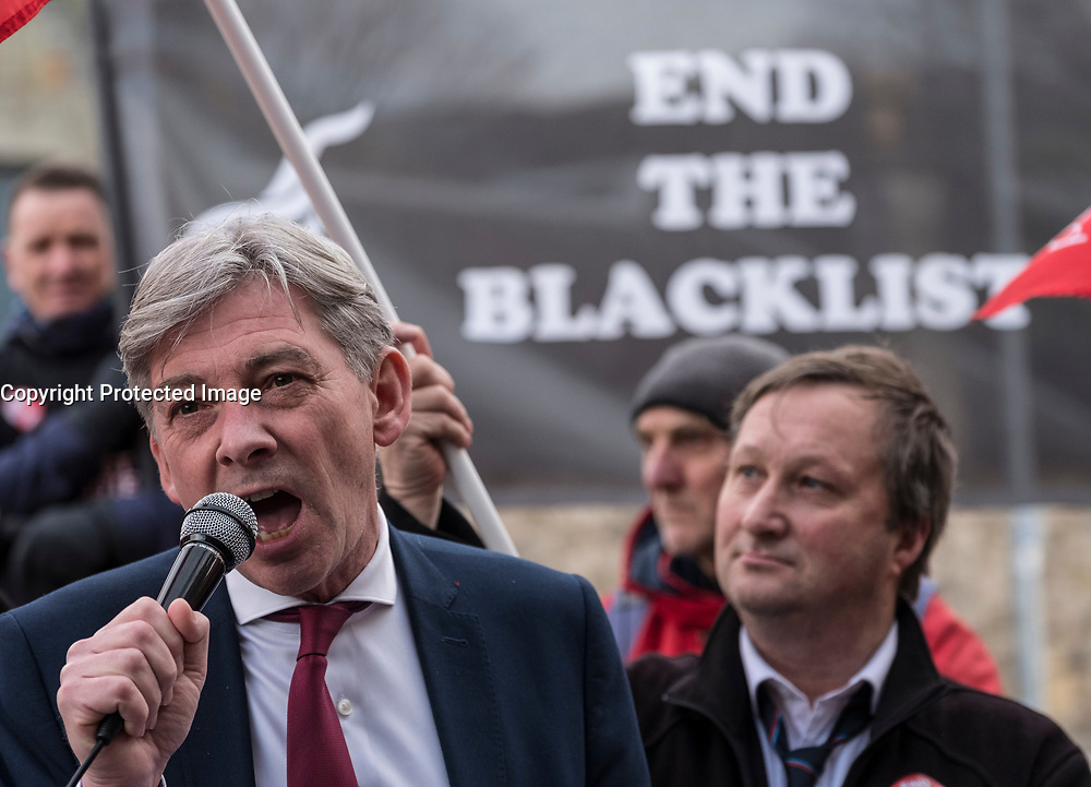 Edinburgh, Scotland, United Kingdom. 6 December, 2017. Scottish Labour Party Leader, Richard Leonard, addresses members of the Unite union outside the Scottish Parliament building in Holyrood. The union is protesting against the blacklisting of members by the construction industry.