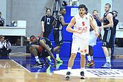 DESCRIZIONE : Paladesio Eurolega 2013-14 EA7 Emporio Armani Milano-Brose Baskets Bamberg<br /> GIOCATORE : Gentile Alessandro<br /> SQUADRA :  EA7 Emporio Armani Milano<br /> CATEGORIA : Esultanza<br /> EVENTO : Eurolega 2013-2014<br /> GARA :  EA7 Emporio Armani Milano-Brose Baskets Bamberg<br /> DATA : 13/12/2013<br /> SPORT : Pallacanestro<br /> AUTORE : Agenzia Ciamillo-Castoria/I.Mancini<br /> Galleria : Eurolega 2013-2014<br /> Fotonotizia : Milano Eurolega Eurolegue 2013-14  EA7 Emporio Armani Milano Brose Baskets Bamberg<br /> Predefinita :