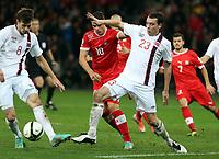 Bern, 12.10.2012, Fussball WM 2014 Quali, Schweiz - Norwegen, Havard Nordtveit und Vegard Forren (NOR) gegen Granit Xhaka (SUI) (Pascal Muller/EQ Images)