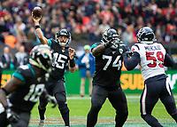 American Football - 2019 NFL Season (NFL International Series, London Games) - Houston Texans vs. Jacksonville Jaguars<br /> <br /> Gardner Minshew, Quarterback, (Jacksonville Jaguars)  at Wembley Stadium.<br /> <br /> COLORSPORT/DANIEL BEARHAM