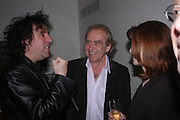 Tim Burton, Gerald Scarfe and Jane Asher. 'Maze' Gordon Ramsay  restaurant launch. 10-13 Grosvenor Square. London. 24 May 2005. ONE TIME USE ONLY - DO NOT ARCHIVE  © Copyright Photograph by Dafydd Jones 66 Stockwell Park Rd. London SW9 0DA Tel 020 7733 0108 www.dafjones.com