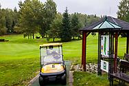 21-09-2015: Golf Resort Karlovy Vary in Karlovy Vary (Karlsbad), Tsjechië.<br /> Foto: Gele buggy