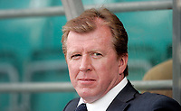 Photo: Paul Thomas.<br /> Estonia v England. UEFA European Championships Qualifying, Group E. 06/06/2007.<br /> <br /> A relaxed Steve McClaren, England manager, before the game.