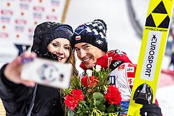 01.03.2019, Seefeld, AUT, FIS Weltmeisterschaften Ski Nordisch, Seefeld 2019, Skisprung, Herren, im Bild Silbermedaillengewinner Kamil Stoch (POL) mit seiner Frau Ewa Bilan // Silvermedalist Kamil Stoch (POL) with his wife Ewa Bilan during the men's Skijumping of FIS Nordic Ski World Championships 2019. Seefeld, Austria on 2019/03/01. EXPA Pictures © 2019, PhotoCredit: EXPA/ JFK