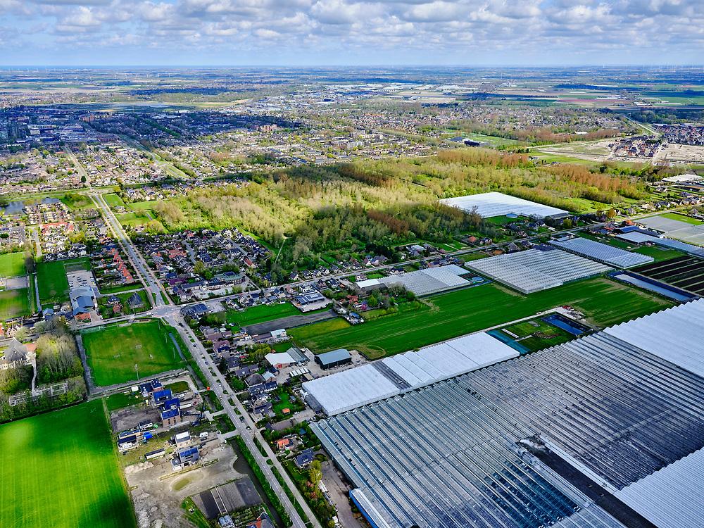 Nederland, Noord-Holland, Heerhugowaard, 07-05-2021; Het Kruis. Rustenburgerweg, Jan Glijnisweg, zicht op bos Waarderhout.<br /> <br /> luchtfoto (toeslag op standard tarieven);<br /> aerial photo (additional fee required)<br /> copyright © 2021 foto/photo Siebe Swart