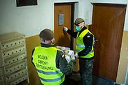 Żołnierze WOT pomagają hajnowskiemu MOPS w dystrybucji żywności