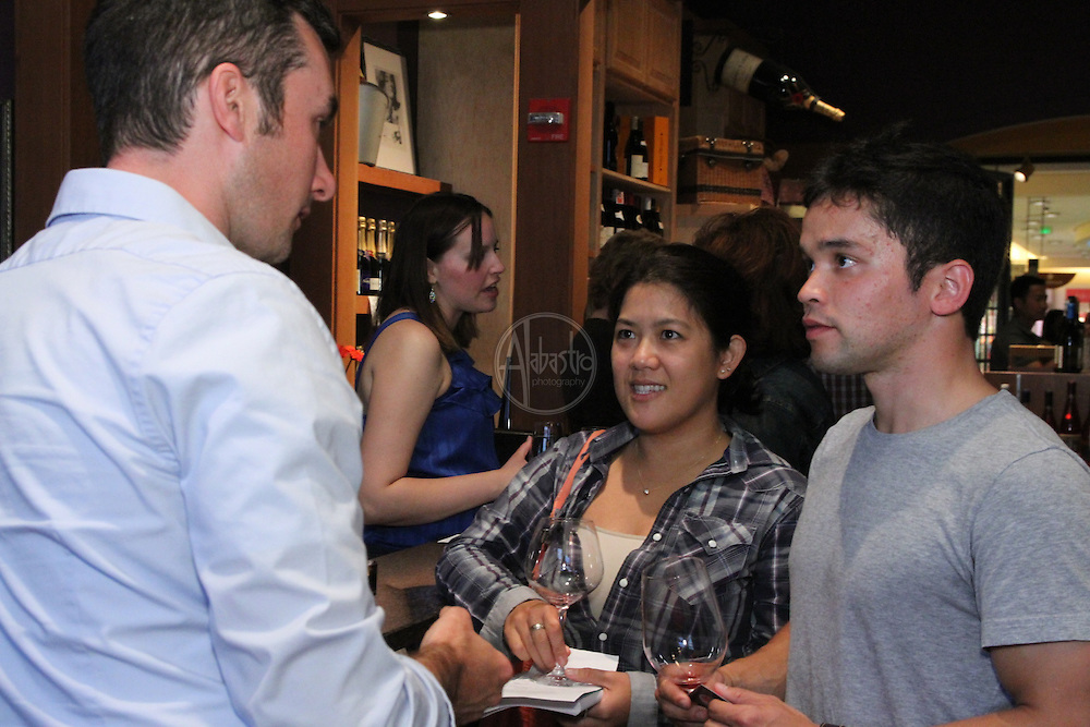 Sixth Avenue Wine Seller Pinot Smack Down August 2011.