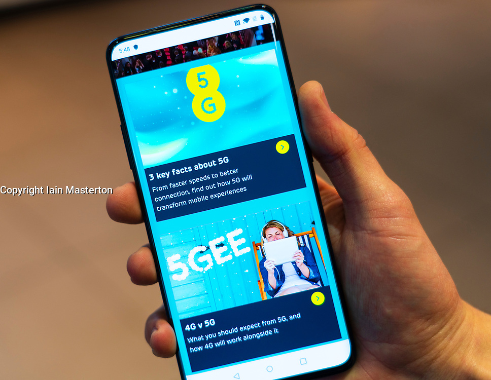 Edinburgh, Scotland, UK. 30 May, 2019. Mobile phone company EE is the first UK company to offer new 5G high speed mobile phone service. It's Edinburgh store now has  5G handsets for sale and at present users can access the high speed 5G network in a limited area in central Edinburgh.