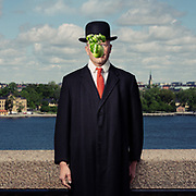 Assignment for Chef.<br /> Son of A Man, a hommage to Magritte. Stockholm 2019. Photo © Daniel Roos