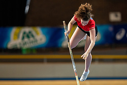 Fleur van der Linden in action on the pole vault during AA Drink Dutch Athletics Championship Indoor on 21 February 2021 in Apeldoorn.