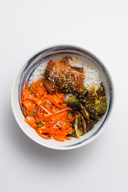 Miso Salmon Bowl from the fridge (m€) - COVID-19 Social Distancing